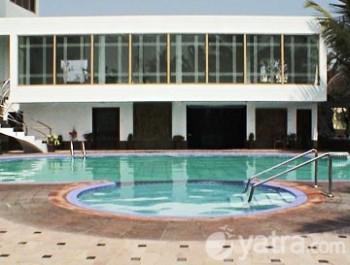 Hotel Holiday Resort