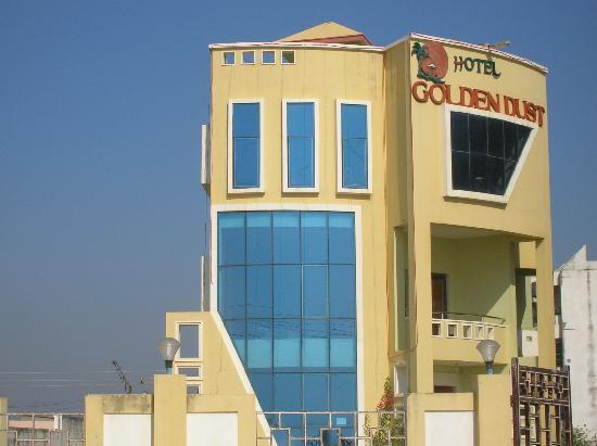 Hotel Golden Dust